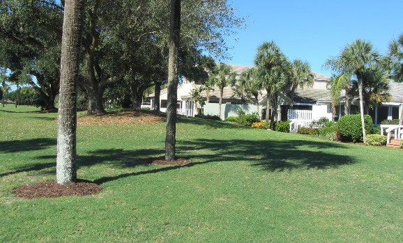 Baytowne is a real estate community within Jonathan's Landing offering beautiful single family homes in a country club setting.