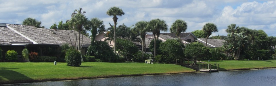 Cape Pointe offers water front homes within the country club community of Jonathan's landing in Jupiter, FL
