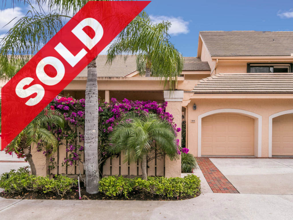 SOLD! Jonathan's Landing Lake Front Condo For Sale - 3971 Schooner Pointe Drive 104 Jupiter Florida
