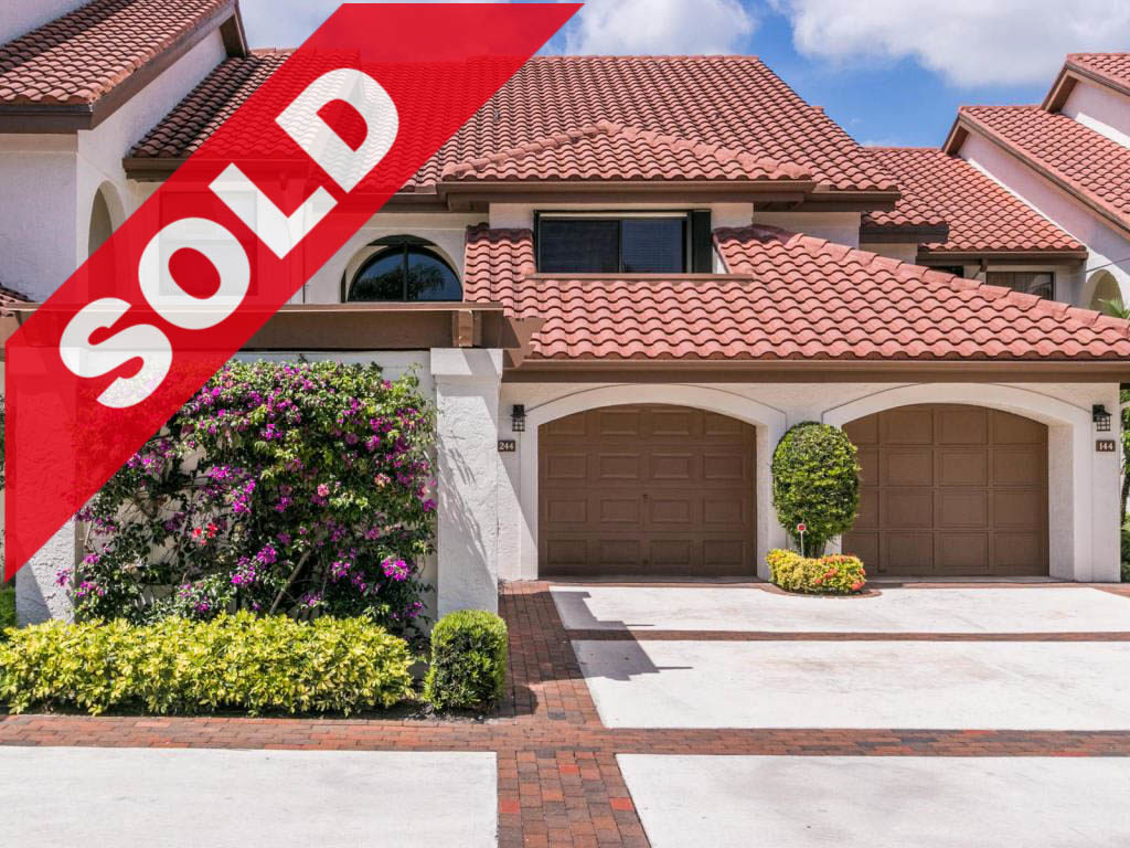 SOLD! Jonathan's Landing Traders Crossing Lakefront Condo For Sale - 16551 Traders Crossing 244, Jupiter, FL 33477