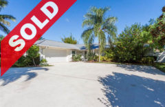SOLD! Country Club Point Tequesta Waterfront Home For Sale - 23 Starboard Way, Tequesta, FL 33469