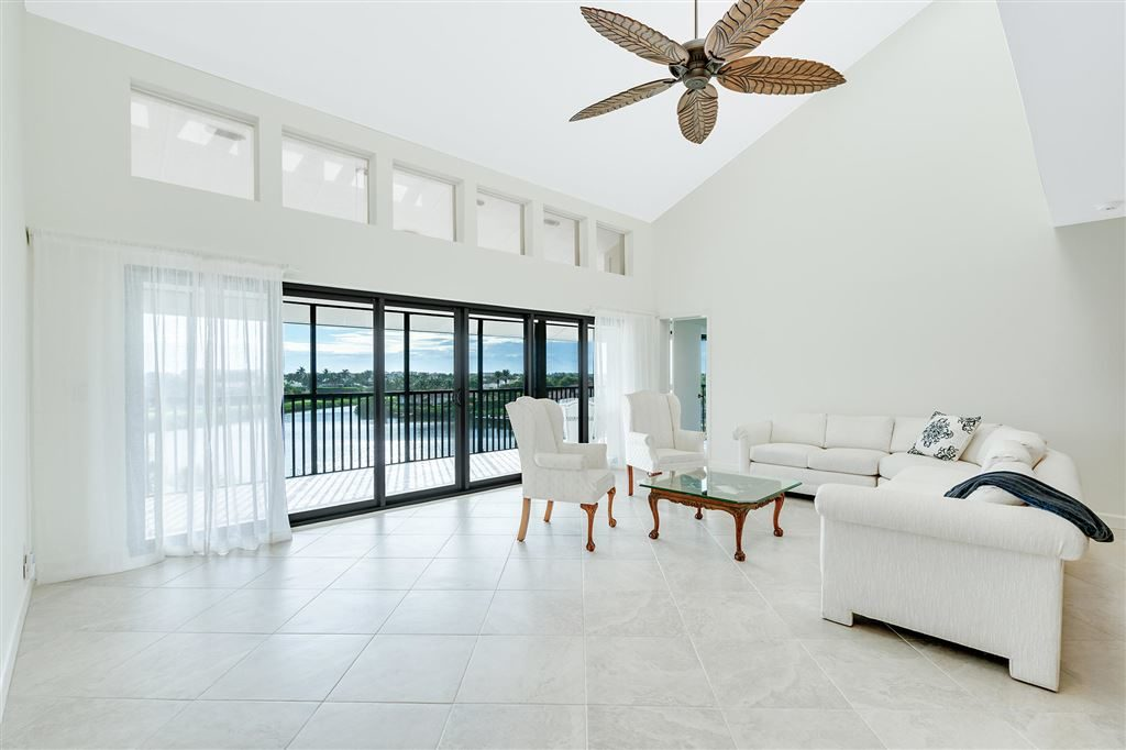 Jonathan's Landing Anchorage Condo For Sale - 16910 Bay Street #E505 Jupiter, FL 33477
