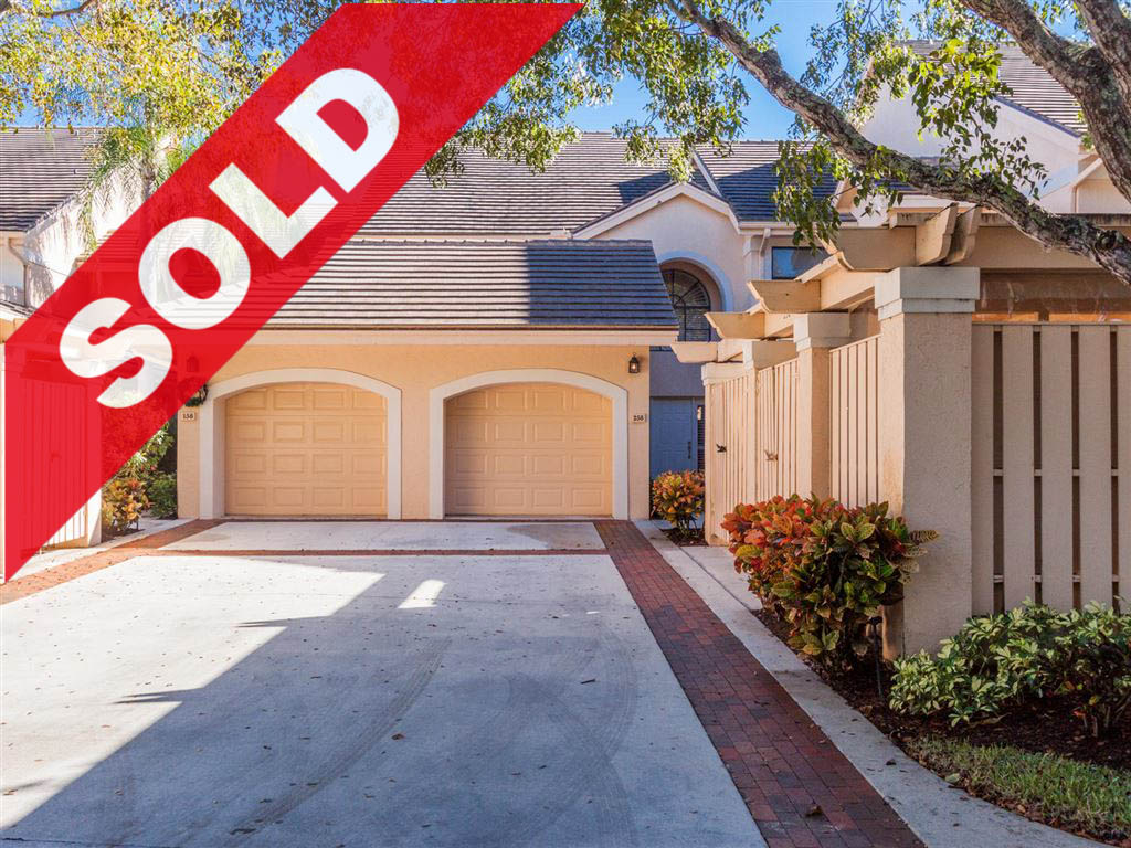 SOLD! Jonathan's Landing 3 Bedroom West Bay Condo For Sale - 16000 West Bay Drive #258, Jupiter, FL 33477