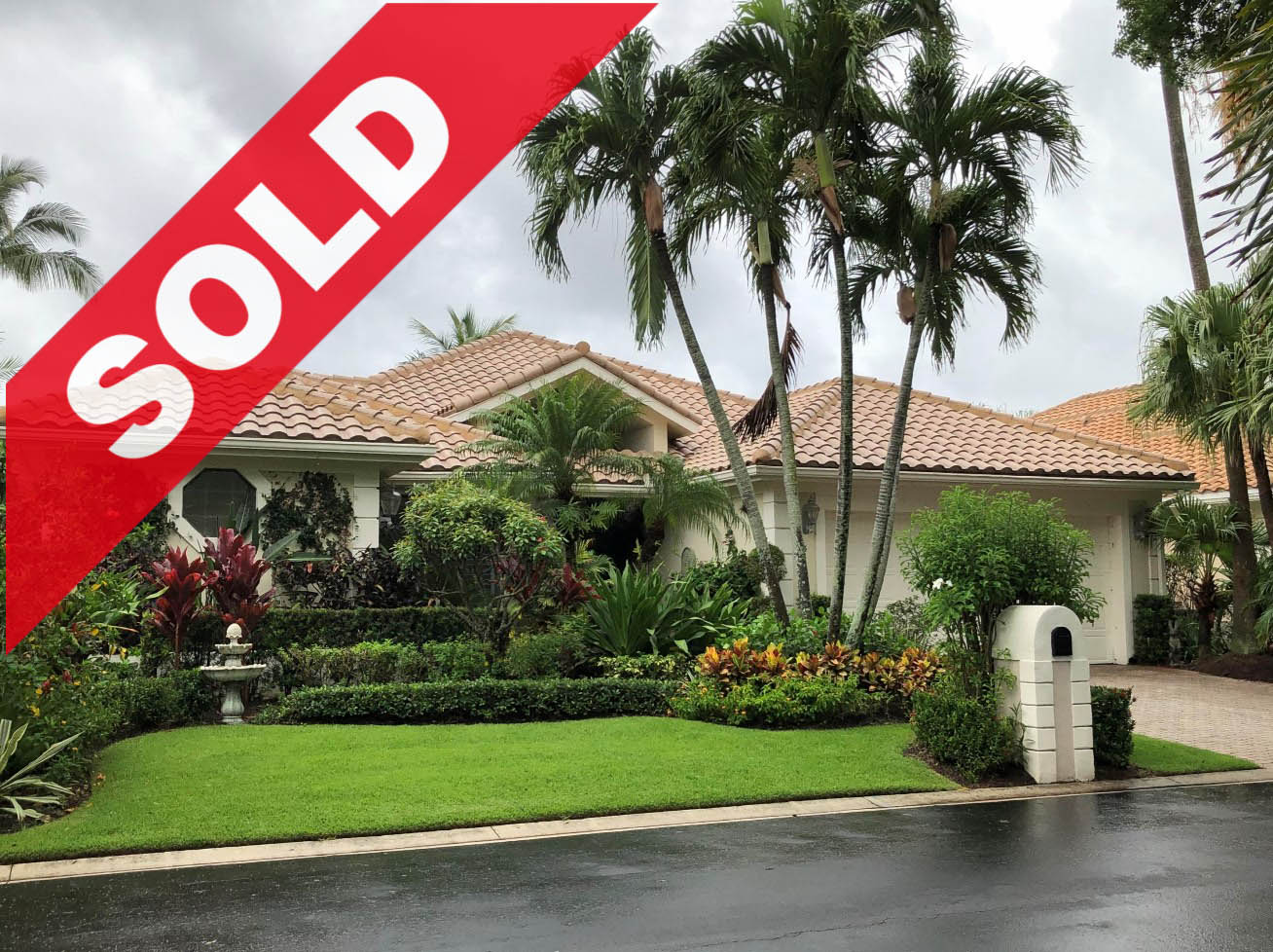 SOLD! Jonathan's Landing Southern Cay Lakefront Home For Sale - 3440 Southern Cay Drive, Jupiter, FL 33477