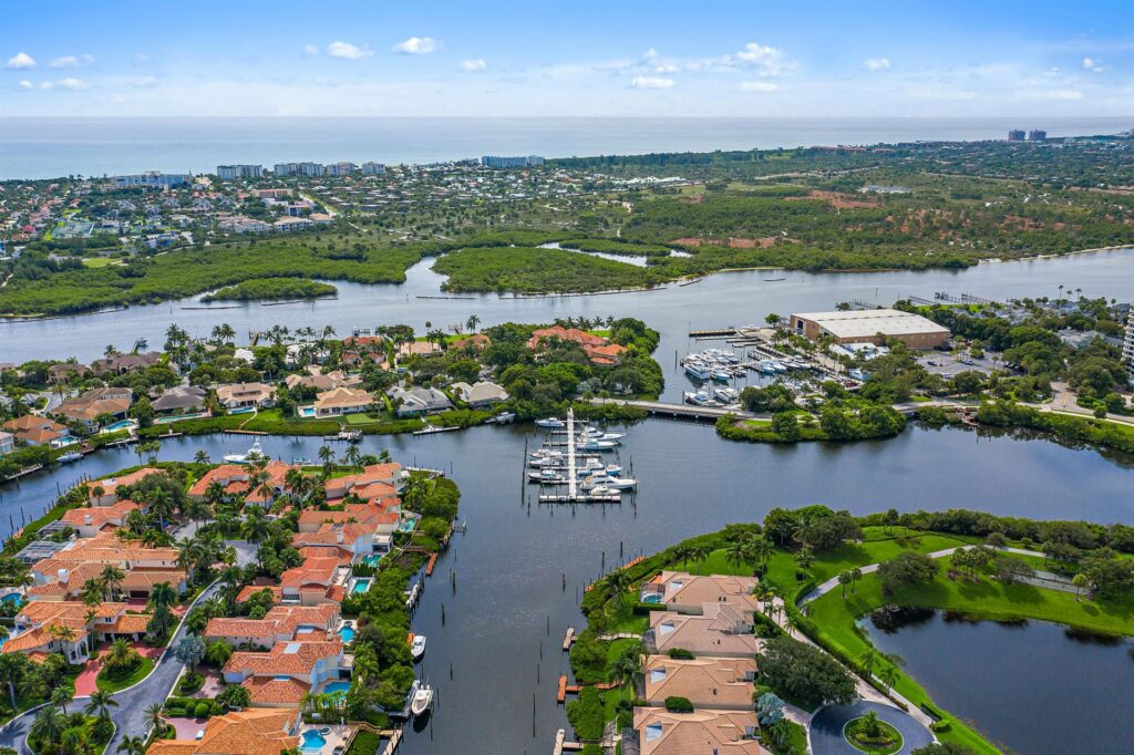 Jonathan's Landing Waterfront Southern Cay Home For Sale - 3404 Southern Cay Drive